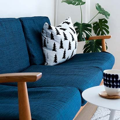 custom-sofa-blue-fabric-kino-navy-sofa-cover-slipcover-closeup-heavyduty-mobile