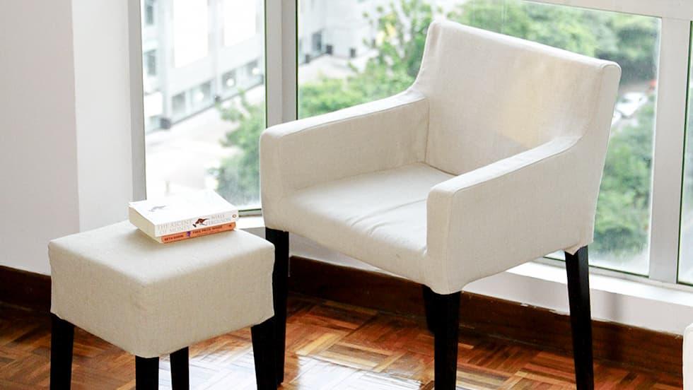 housse personnalis e classique et moderne de chaise de salle manger. Black Bedroom Furniture Sets. Home Design Ideas