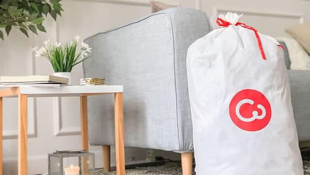 Sofa Karlstad con Fundas Comfort Works y Bolsa Reusable CW